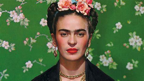 imagenes de mujeres inspiradoras barbie homenajear 225 a frida kahlo y a otras mujeres