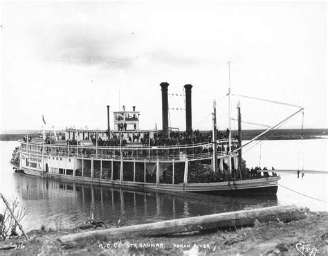 barco a vapor steamboat file alaska commercial co steamboat hannah tied to a