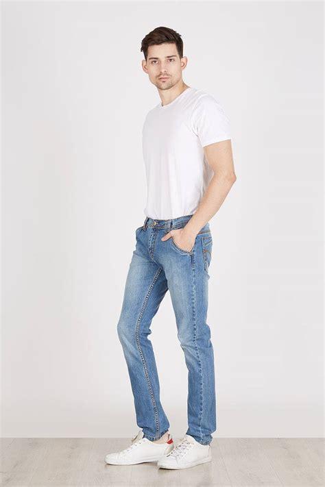 Harga Kemeja Merek Levis pilihan kombinasi baju santai untuk pria dan wanita