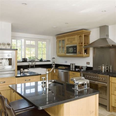 oak kitchen design ideas oak kitchen diner kitchen design decorating ideas housetohome co uk