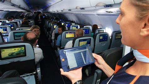 Jetblue Cabin Crew by Jetblue S Connected Cabin Gets Ipads Travelpulse