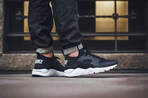 Nike Air Huarace Run Ultra Black White nike air huarache run ultra black white the sole supplier