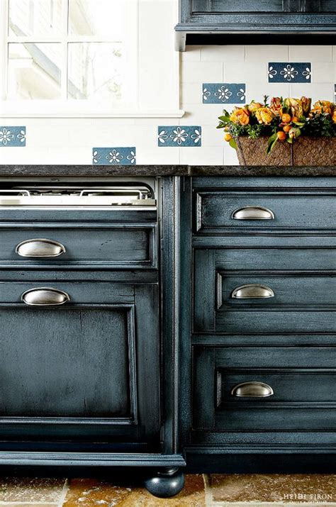 navy blue painted kitchen cabinets benjamin moore mozart blue 1665 benjamin moore 1665