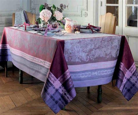 linge de table haut de gamme table de cuisine