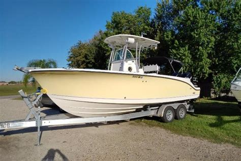 trophy center console boats reviews 5 of the best used powerboats for 163 10k boats