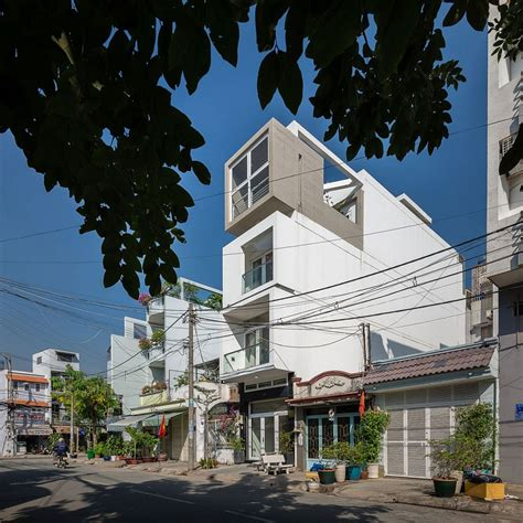 versatile narrow house  ho chi minh city beats  space
