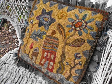 rug shooing hideaway house pattern pdf for rug hooking and punchneedle