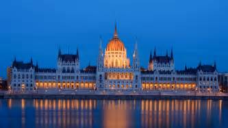 Architecture Gifts hungarian parliament building by petertakacs on deviantart
