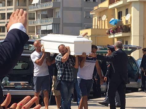 questura frosinone ufficio passaporti terremoto domani funerale assistente capo polizia ezio tulli