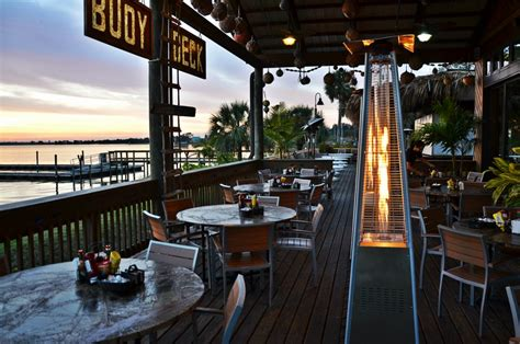 Tiki Bar Melbourne Relax Enjoy Breakfast On The Water Grills Seafood Deck