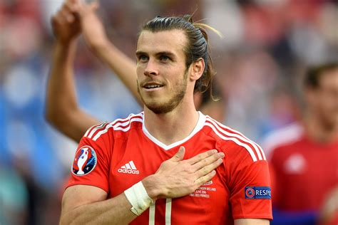 gareth bale 2012hair style gareth bale rhyming slang the bale edition instyle uk