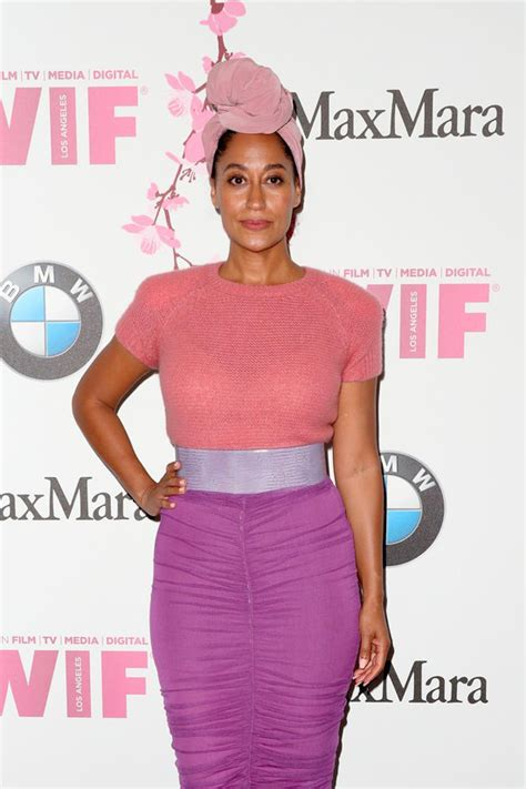 tracee ellis ross headwrap tracee ellis ross werqs that headwrap at the crystal