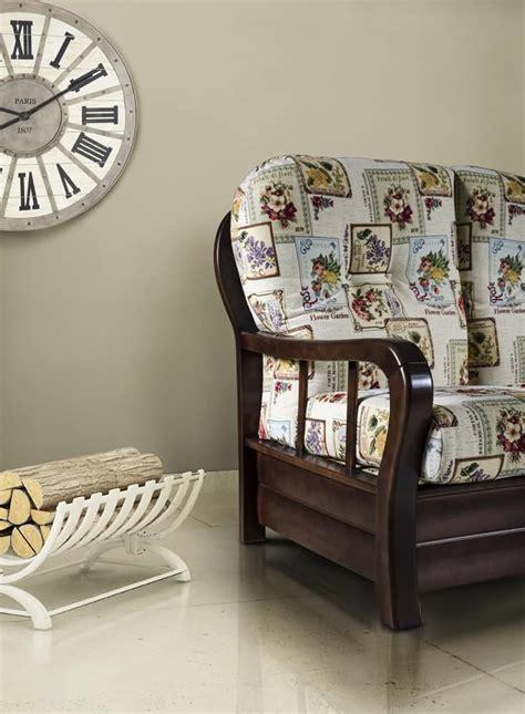 divani in stile provenzale divano in legno massello stile provenzale idfdesign