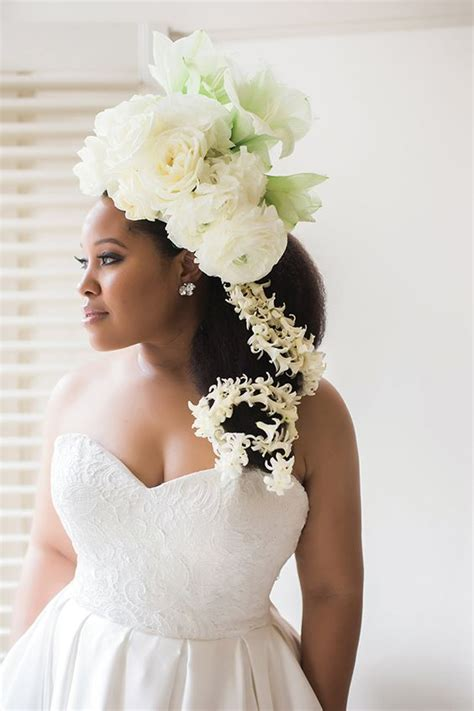 Vow Renewal Wedding Hairstyles by 20 Wedding Hairstyles For The Naturally Glam