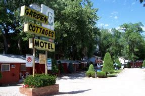 Rapid City Hotels And Lodging Rapid City Sd Garden Cottages Motel Rapid City