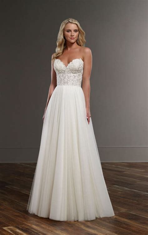 Flowing Wedding Dresses by Flowing Wedding Dress Separates Martina Liana Wedding
