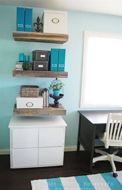 34 Diy Reclaimed Wood Projects Ideas And Designs For 2018 Sturdy Floating Shelves