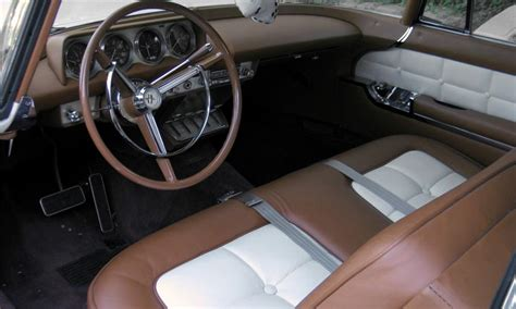 lincoln continental mark ii  door hardtop