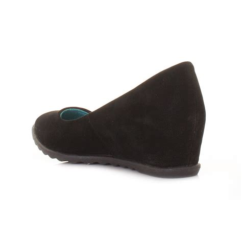 blowfish black fawn low wedge court shoes