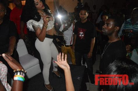swing clubs in atlanta joseline hernandez dice spotted at traxx girls party