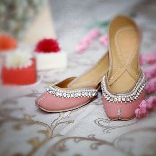 Dasi Pearl Flat Shoes punjabi jutti india suits shoes jewelry