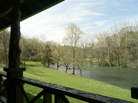 cabin on south holston river 900 ft of vrbo