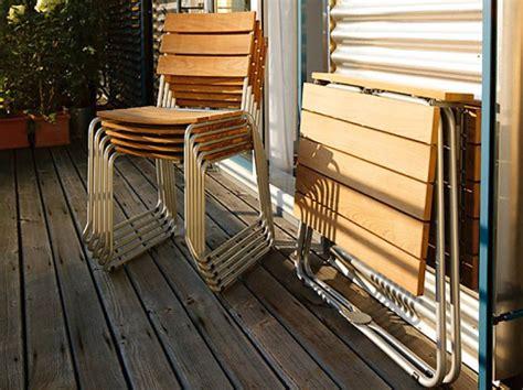 schöner sichtschutz tisch dekor balkon