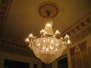 file new orleans garden district ceiling chandelier 2 jpg