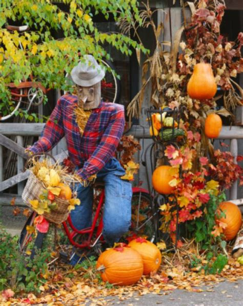 Outdoor Autumn Decorations by Outdoor Fall Home Ideas
