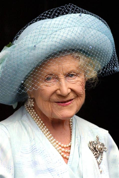 queen mother queen mother elizabeth queen biography com