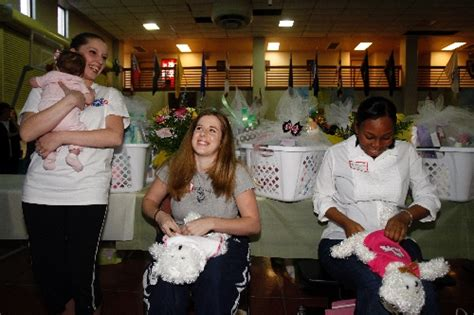 Operation Homefront Baby Shower by Operation Homefront Hosts Baby Shower Las Vegas Review Journal