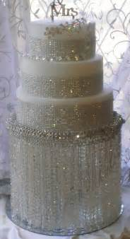 chandelier cake stands the gallery for gt chandelier wedding cake stand