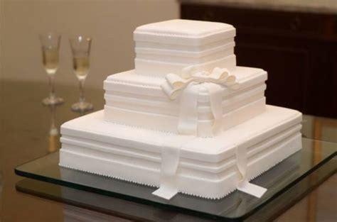 decorar bolo quadrado bolo de casamento quadrado 30 dicas e fotos blog meu