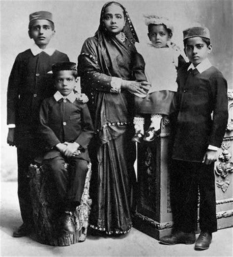 gandhi biography family best 25 mahatma gandhi family ideas on pinterest
