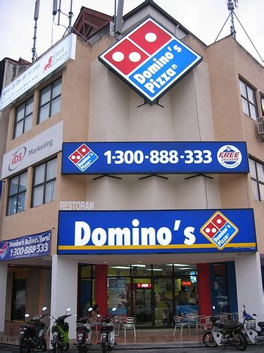 domino pizza outlet penang food galore new domino s pizza outlet greenlane