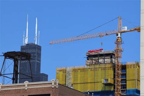 building projects update the loop taking a look at high rise construction in chicago s south