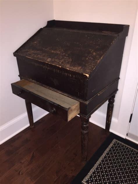 unusual desk unusual desk looking for history collectors weekly