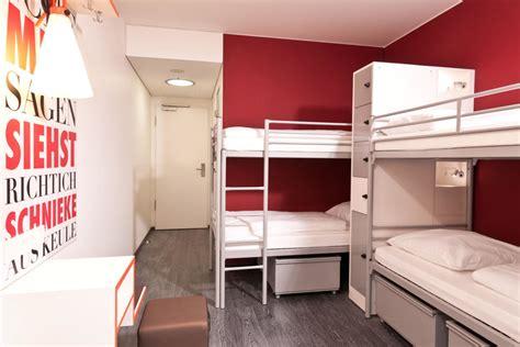 hotel berlin 4 bett zimmer quot 4 bett zimmer quot one80 176 hostels berlin in berlin mitte