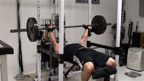 bench press motion a deadly intensity technique for chest targeting maximum