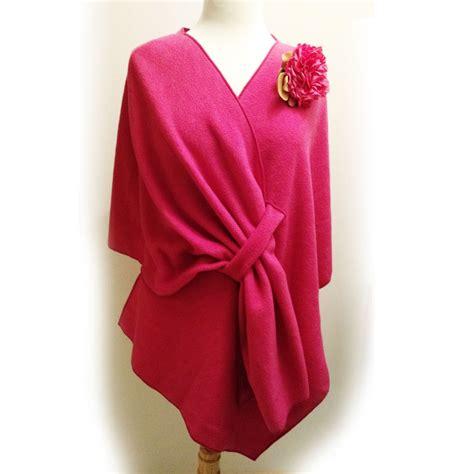 Pink Fleece bright fuscia pink fleece wrap