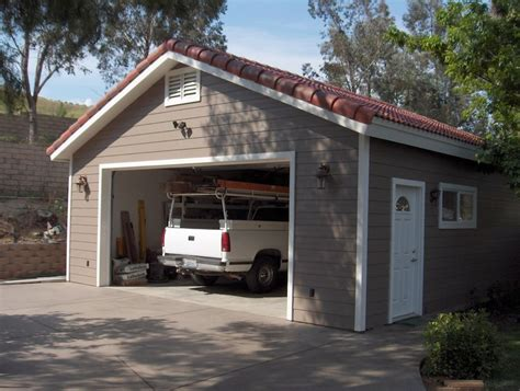 Saunders Garage by 28 Saunders Construction Garages Architectural