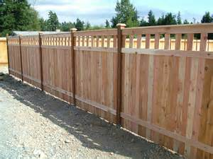 inexpensive alternative design for craftsman style privacy