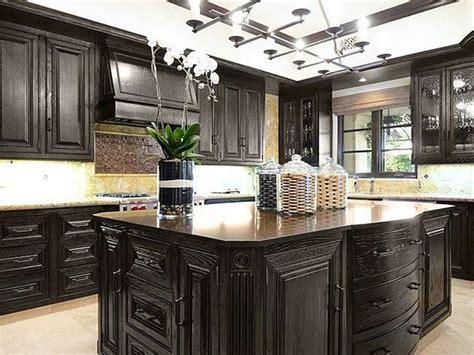 Khloe Kardashian Kitchen Decor Khloe Kardashian S California Home Kitchen Home Decor