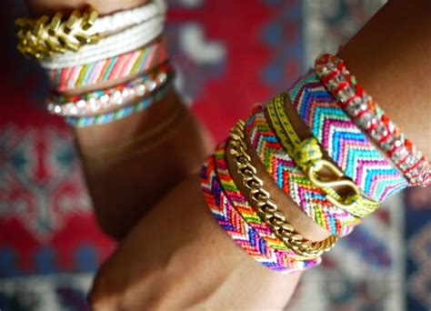 Handmade NL: Macrame, armbandjes knopen