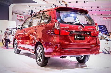 Reflector Lu Toyota Avanza Veloz toyota ph introduces 2018 avanza veloz autodeal