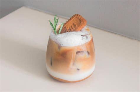 resep kopi lotus biscoff iced latte majalah otten coffee