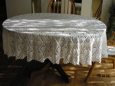 pineapple oval tablecloth new large white newly reduced