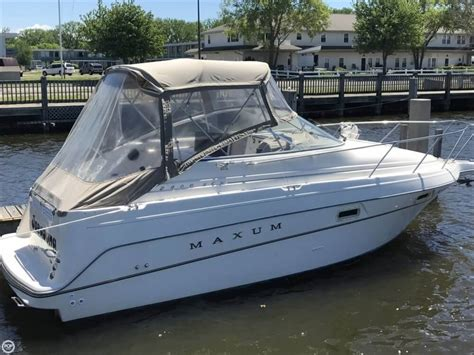 maxum boats used maxum 2400 scr boats for sale boats