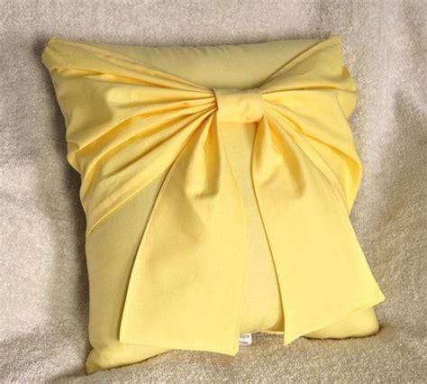 Oreillers Décoratifs by Yellow Bow Pillow Decorative Pillow Loisirs Creatifs