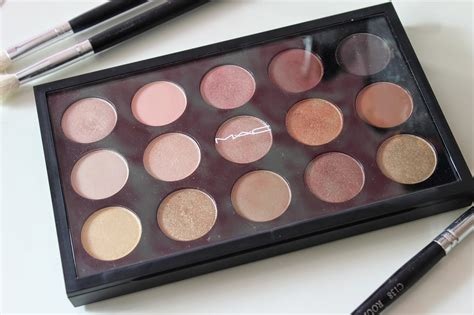 Eyeshadow Mac mac eye shadow x15 warm neutral palette review swatches addict